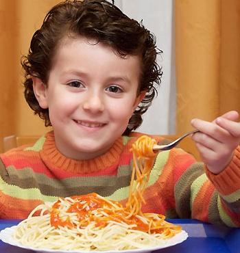 Niño, ya te vale de espaguetis