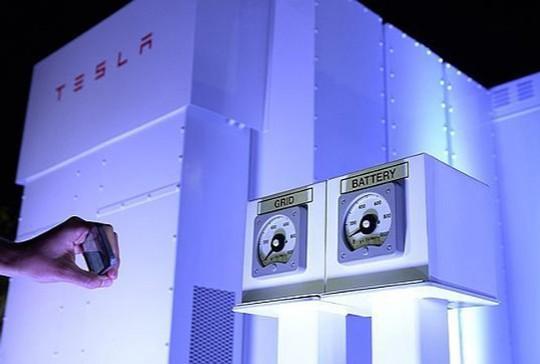 Las nuevas baterías de Tesla y la posibilidades de independencia energética en España (I)