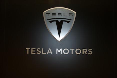 Análisis: Tesla ha ganado más de 100 millones de dólares con el cambio de batería
