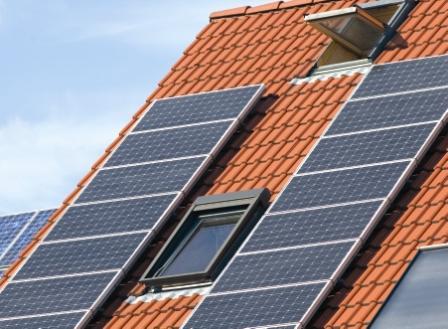 El timo fotovoltaico contraataca: Autoconsumos, peajes, oligopolios y agit-prop